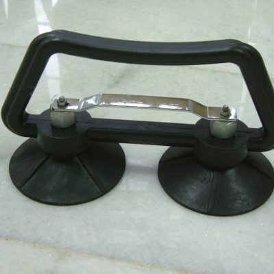 Double cup panel lifter
